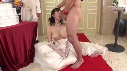 やっぱり時空魔法が一番欲しい!若い女がいる結婚式場で時間を止めて中出しして元通りに戻してから解除できる